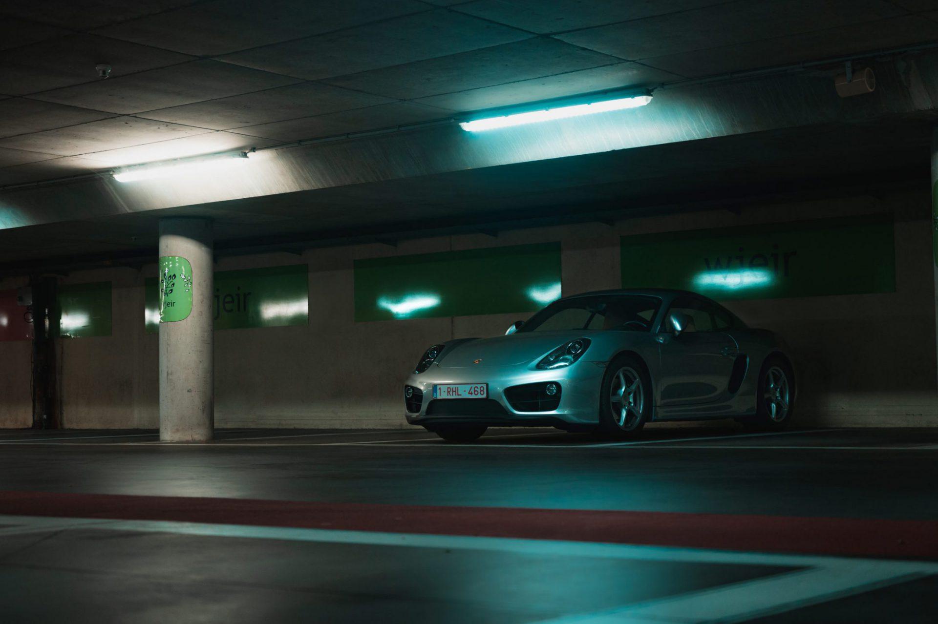 Porsche ambience in garage